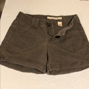 DKNY Jeans Shorts roll cuff brown size 8